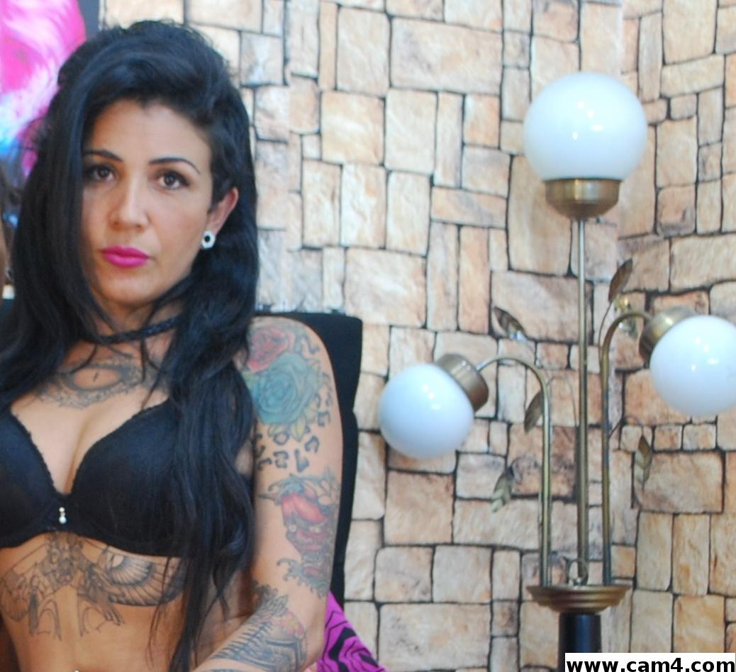 girl_tattoo photo 13614411