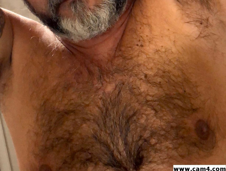 Bear72xx?s=8t4of1khg3h6ofeg2rtxjolbaw0irfejd0fyjtjbmme=