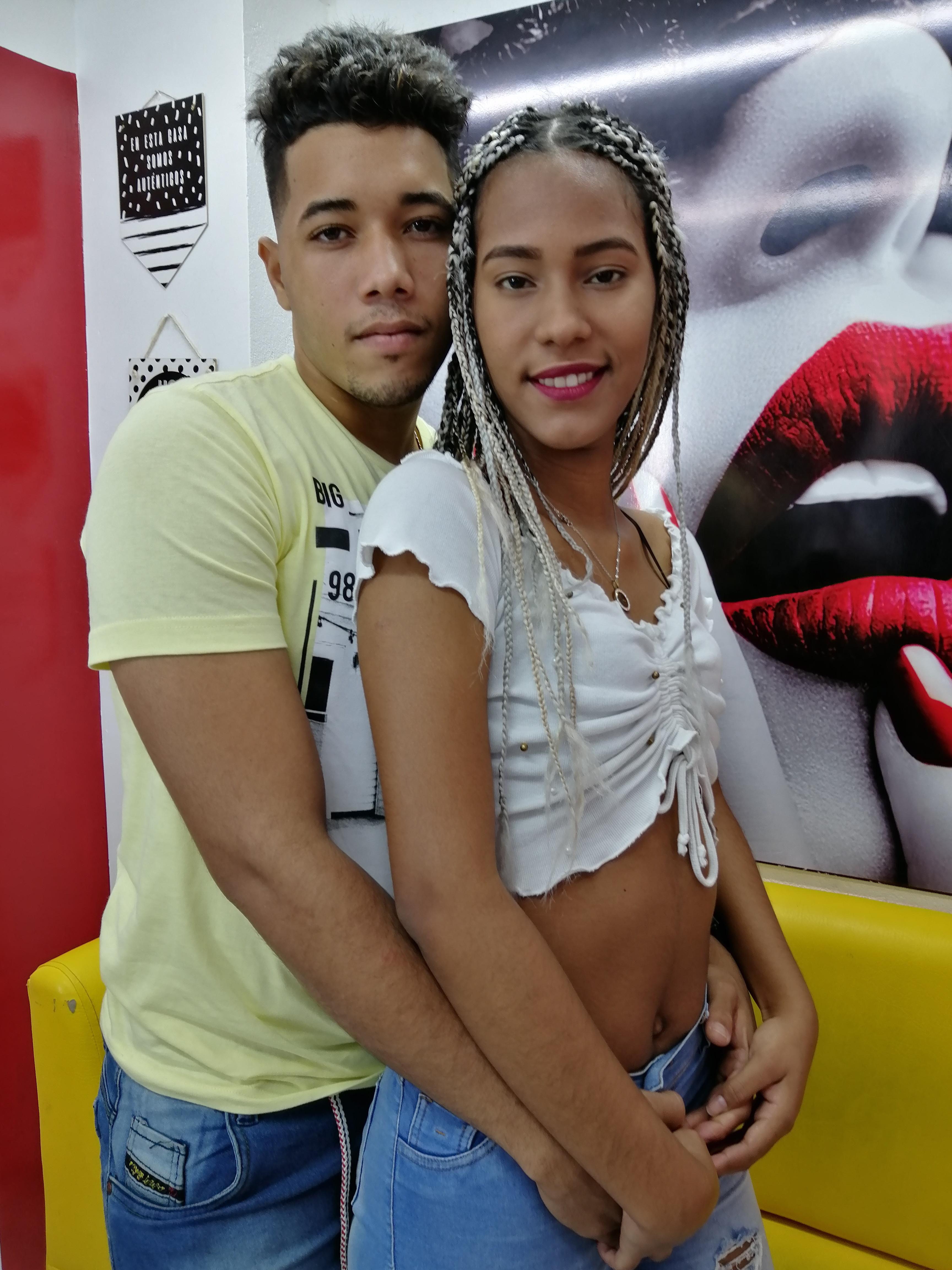 Couple lovers18?s=caqhgn0ztampij+ttphqfqsu8jfv9o7xbensr937ze4=