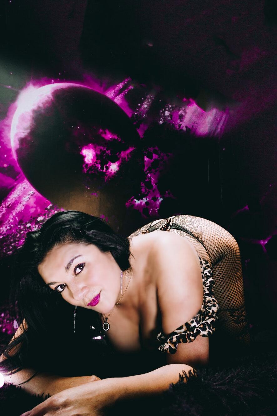 Selena hotmilf?s=lu2ixqeyltrh1swbn370sd2ui+ipb08dclrjm5wbphy=