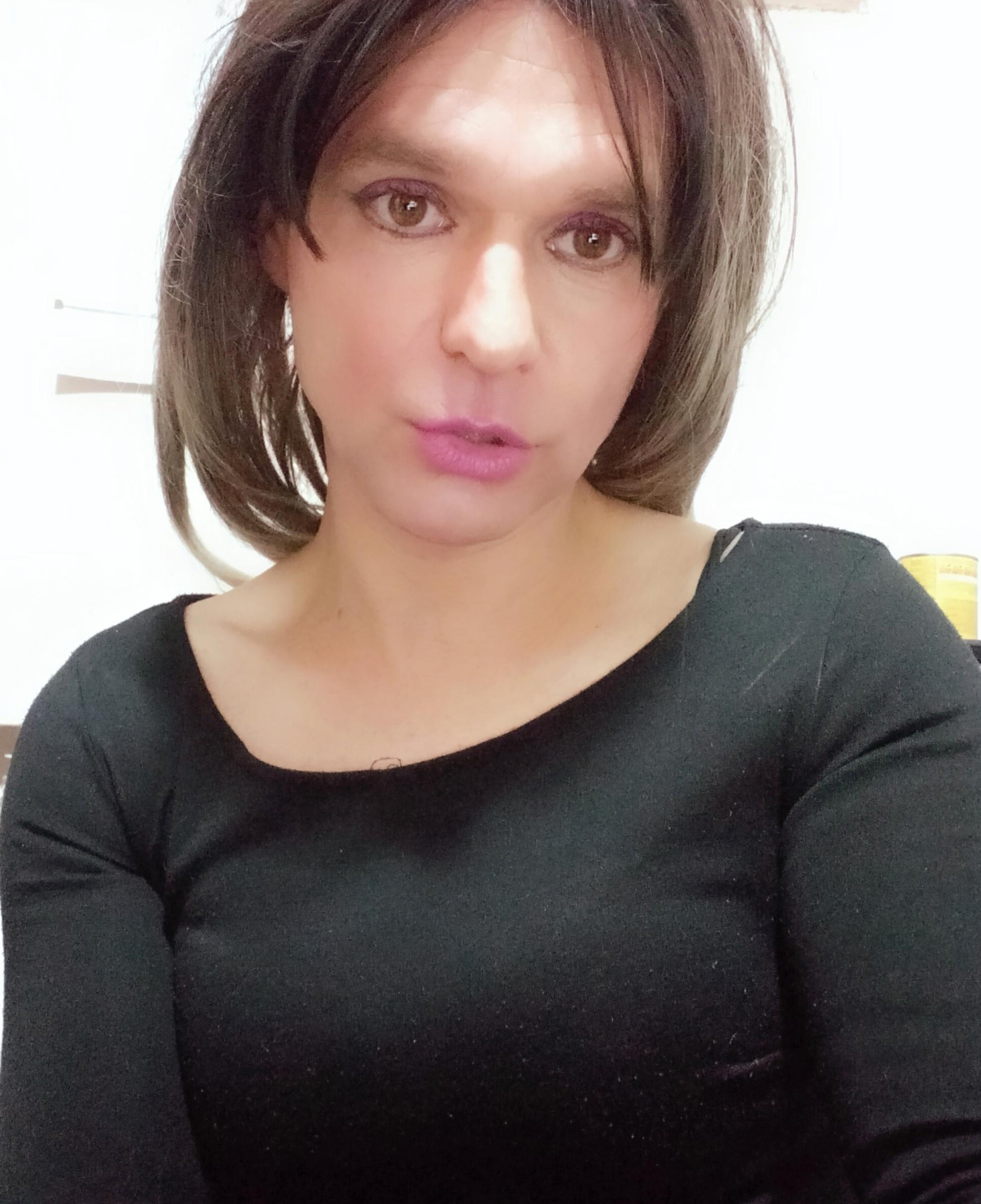Lady sabrina tr?s=uql8bwe3vaqzlhcef2+q2rrwkm8k9vyppgi28nfmnvw=