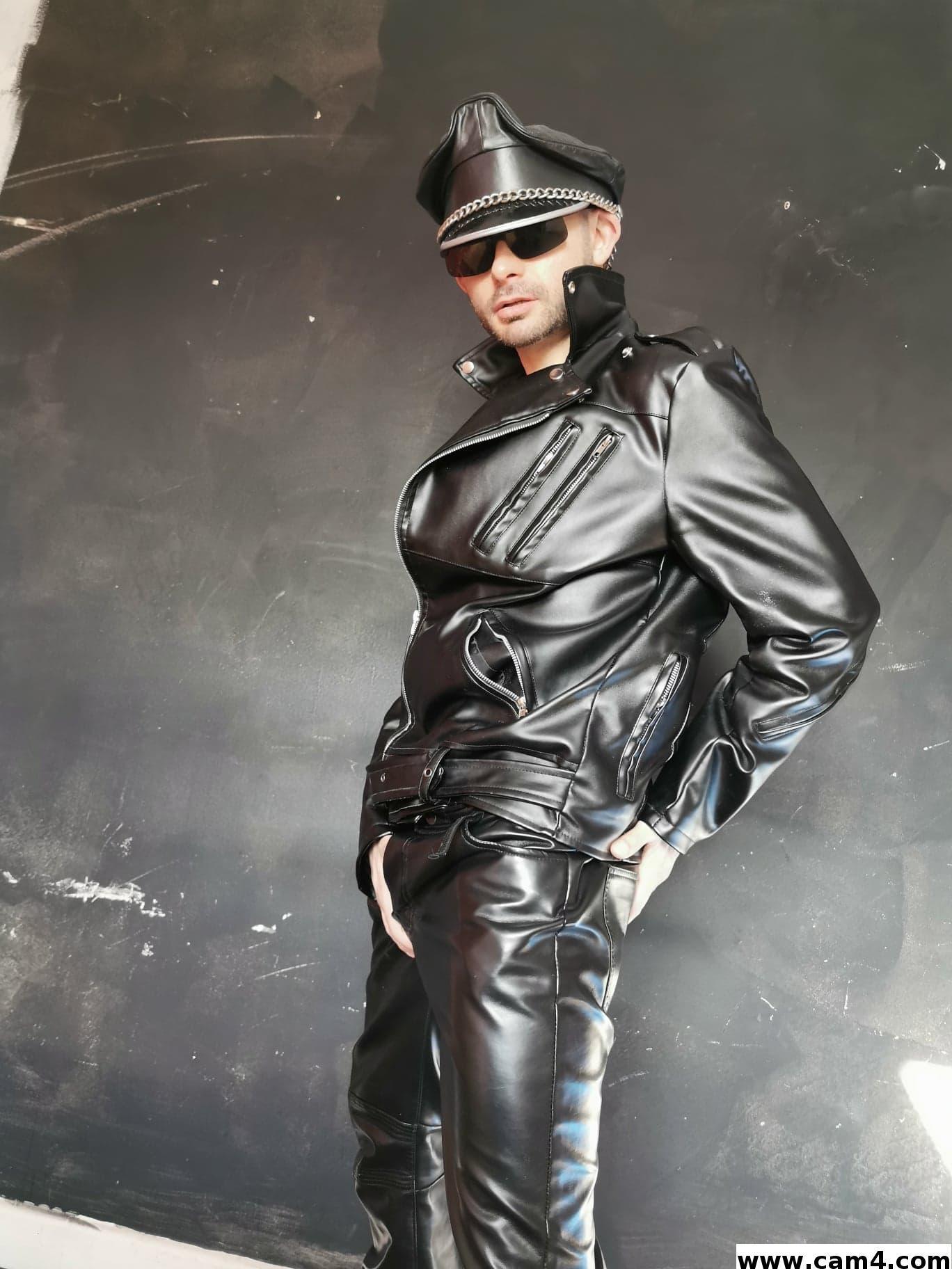 Leather sexy?s=yqjhm9ww2jecqlwlkyy6c68luou57gygszoimccyt24=