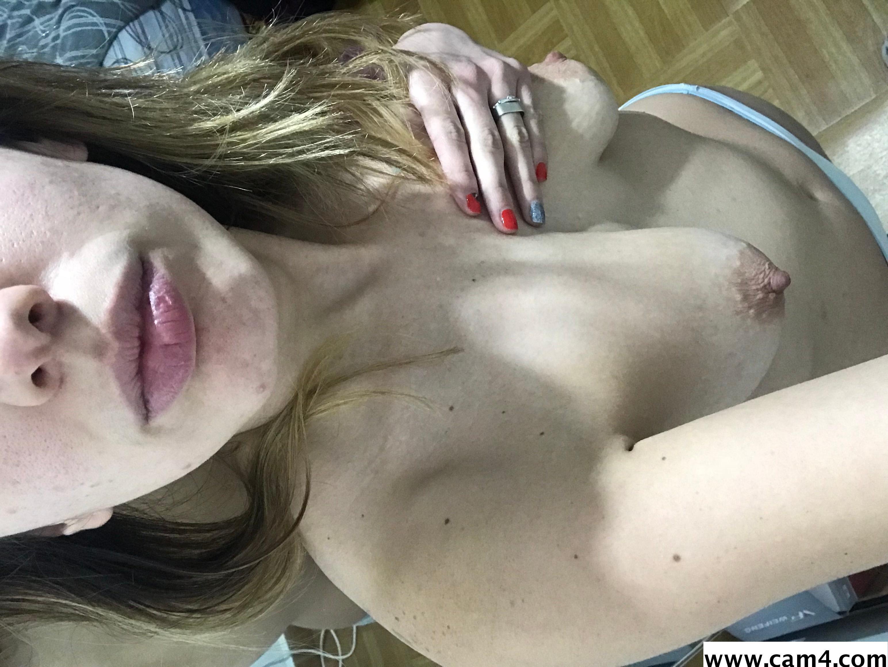 Big nipplels