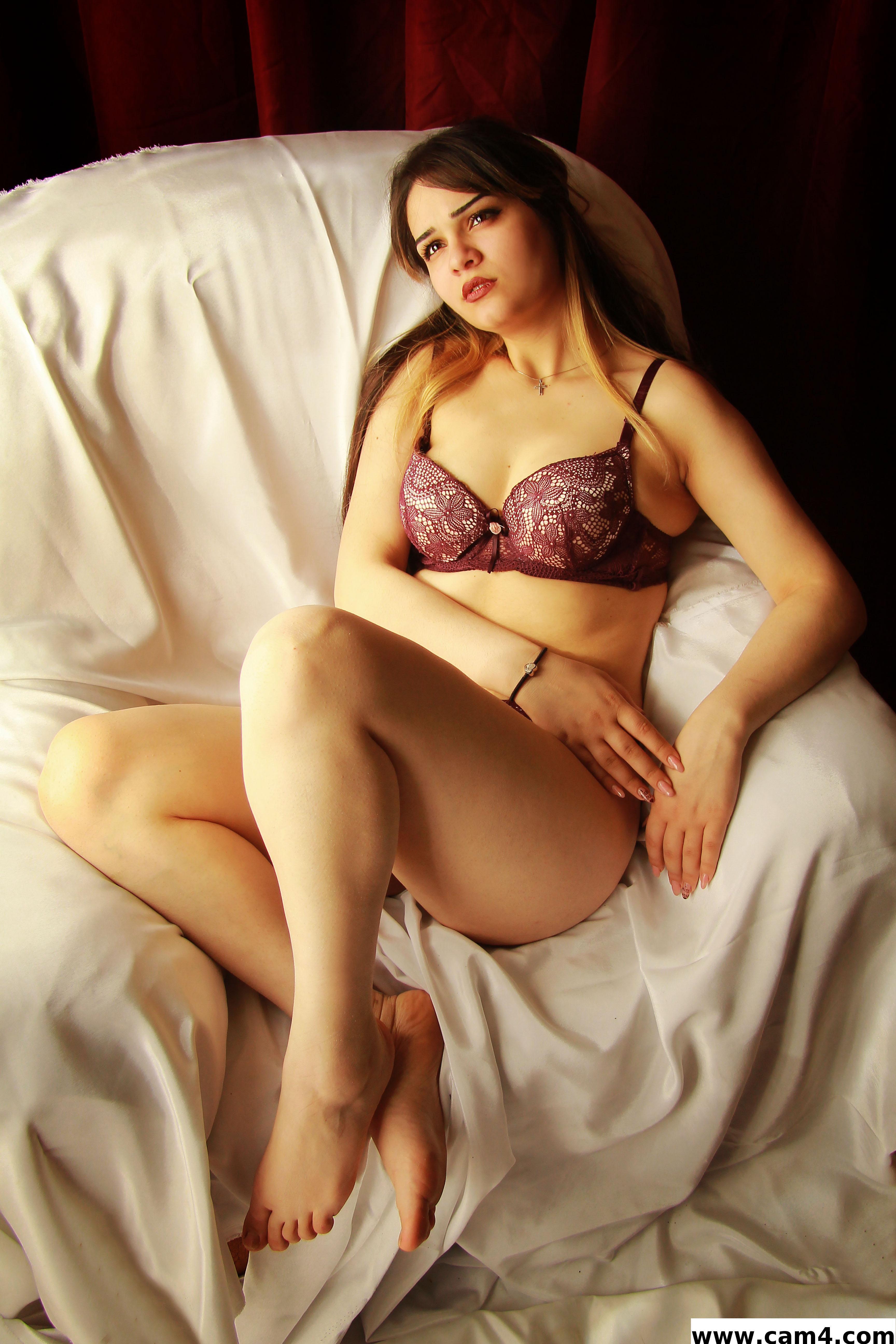 Amelia  sexy?s=rhjir0g1vxfcyawdkzdzcwghtrmltcefc6blwzwixr0=