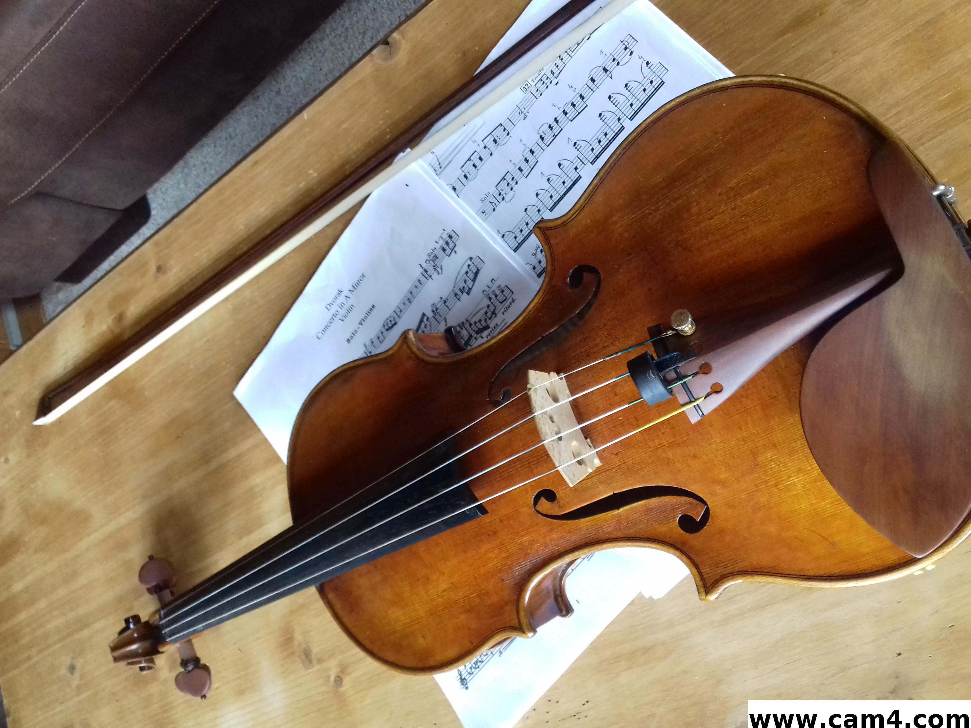 Sinfonietta?s=9at4aclszfite7o+jbakkd12gufxsdwqwn6qs26lrfg=