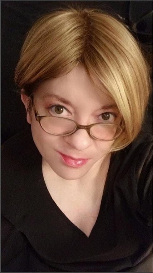 Cynthia_W live cam on Cam4.com