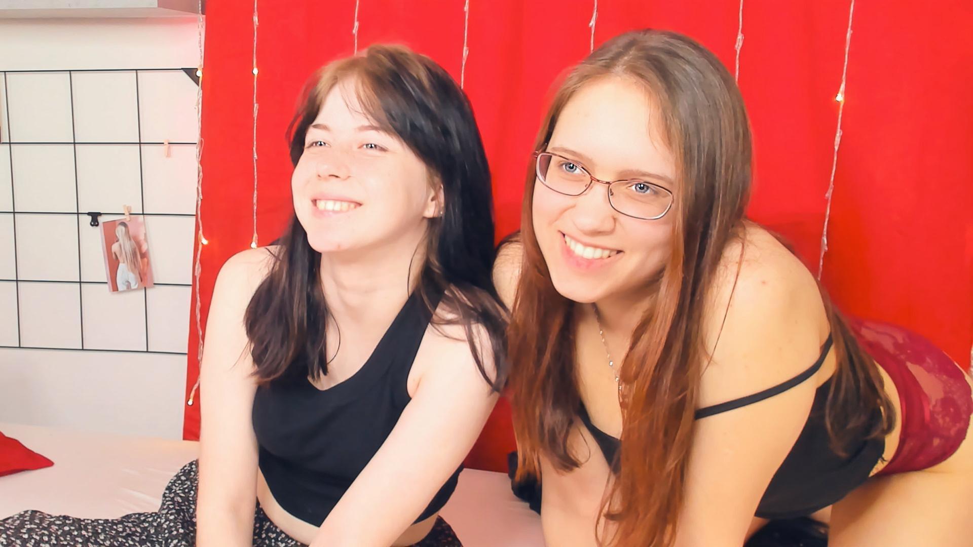 SkySweetnesses live cam on Cam4.com